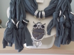 Scarf with Owl Pendant Grey