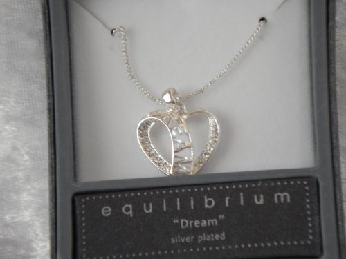Equilibrium Necklace Message Heart Dream