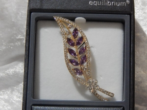 Equilibrium Glamour Brooch - Rose Gold Purple Leaf